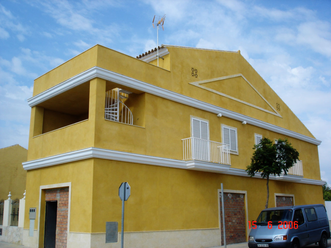 k2Ingenieros Arquitectura - Exterior casa en Zona Sur